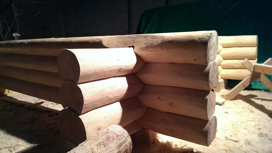 log-house-263725_1280